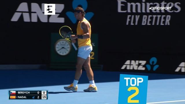 Идеальный Федерер, коварный Чилич и еще 3 лучших удара дня на Australian Open