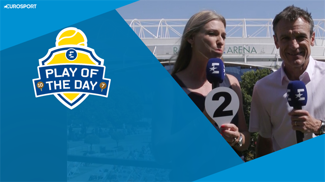Play of the Day: 'He should be fined for untying umpire's laces'