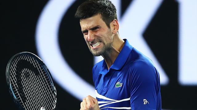 Open d'Australie : Novak Djokovic s'en sort en quatre sets contre Daniil Medvedev