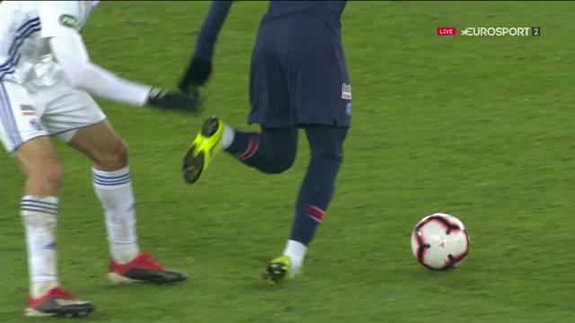 Inquiétude à Paris : Neymar est sorti blessé au pied droit