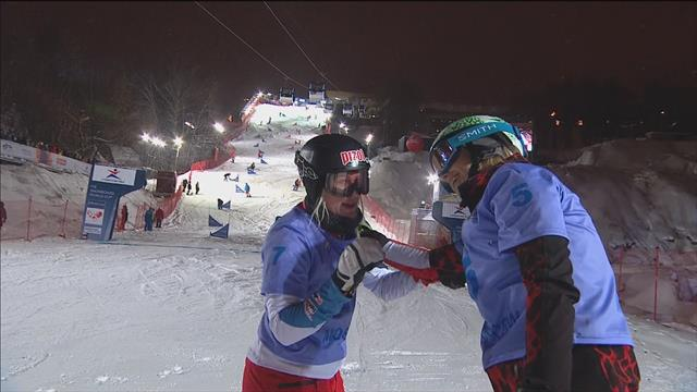 Zogg beats Schoeffmann in parallel snowboard slalom final in Moscow