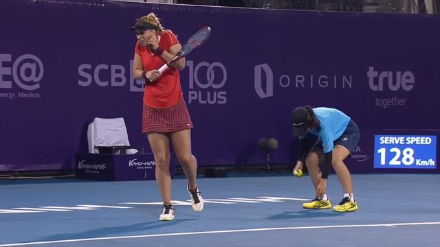 Sabine Lisicki shocked as brutal ball girl stamps on bug