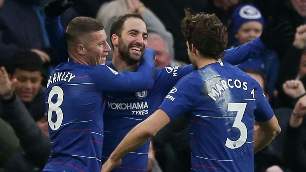 Football news - Gonzalo Higuain fires Chelsea to Huddersfield thrashing abb313b69