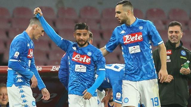 Il Napoli torna vincente: 3-0 alla Sampdoria, niente record per Quagliarella