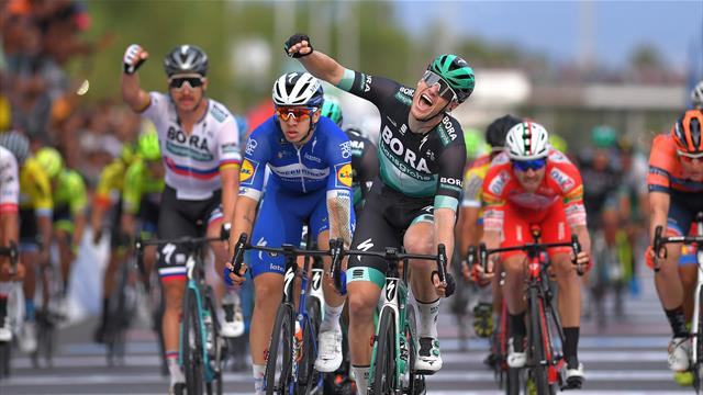 Bennett comes from back of bunch to win sprint in final stage