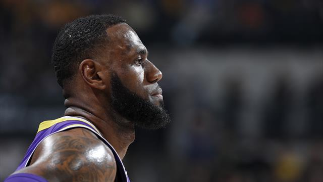 I risultati della notte: Golden State inarrestabile, Boston sbanca Philadelphia, Lakers a picco