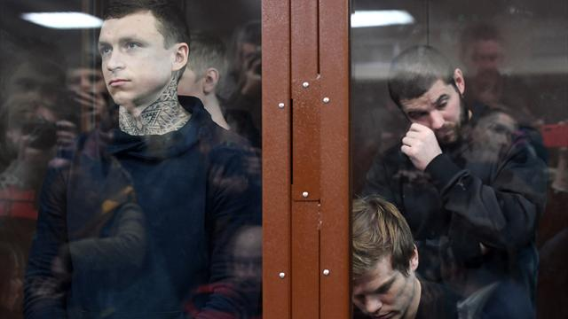Навальный: «Нужно наказать Кокорина с Мамаевым и посадить того, кто выделил 18 человек на их дело»