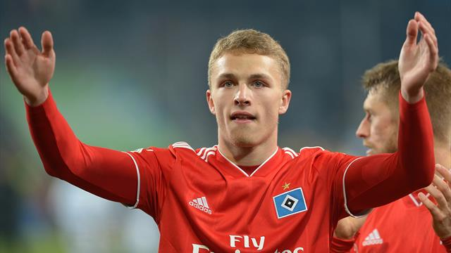 Bayern agree to sign teenager Arp, player will decide when move takes place