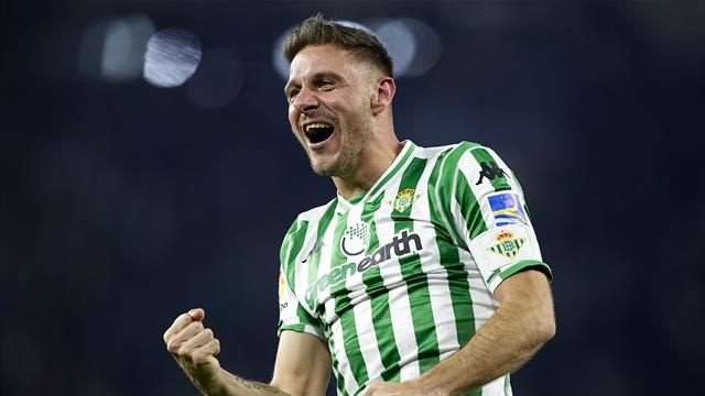 WATCH - Betis legend Joaquin scores direct from corner in semi-final