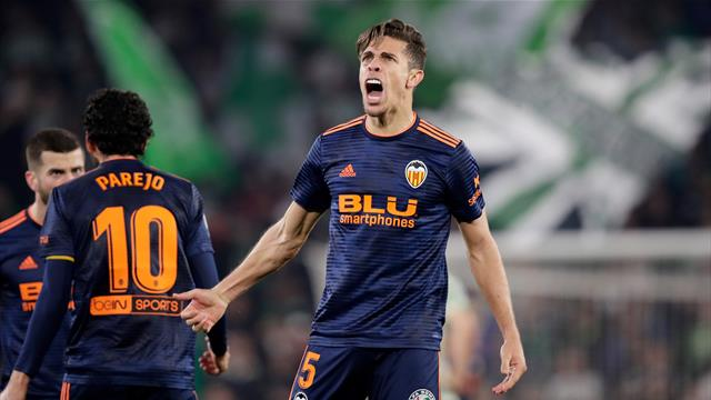 Valencia fight back in Cup draw after Betis score directly from corner