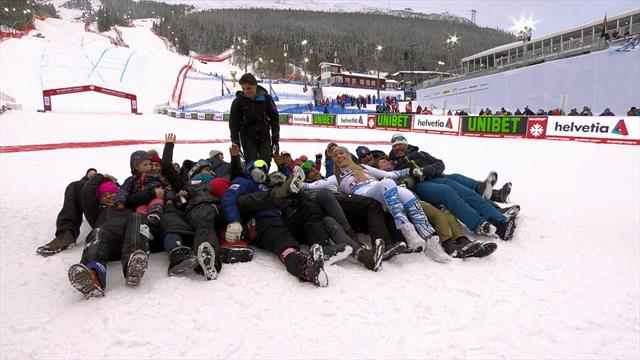 Vonn and team celebrate with 'human bowling'