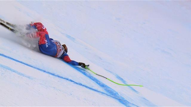 Чилийский горнолыжник вылетел с трассы, врезался в заграждение и жутко заорал