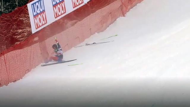 Ski weg in der Abfahrt: Harter Crash geht erstaunlich glimpflich aus