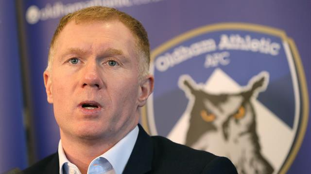Oldham boss Paul Scholes happy to seek help from Manchester United