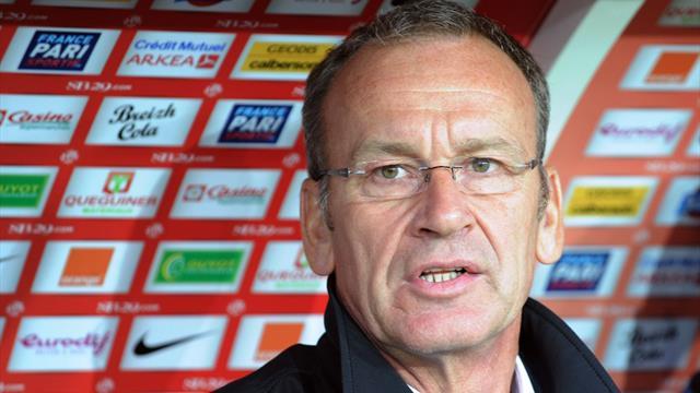 Brest se rapproche de la L1, Lorient subtilise la place de barragiste au RC Lens