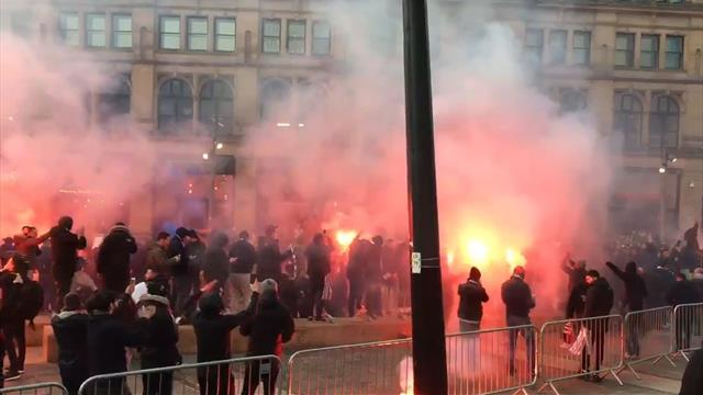Los ultras del PSG la lían en pleno centro de Manchester: Bailes, bengalas y cánticos