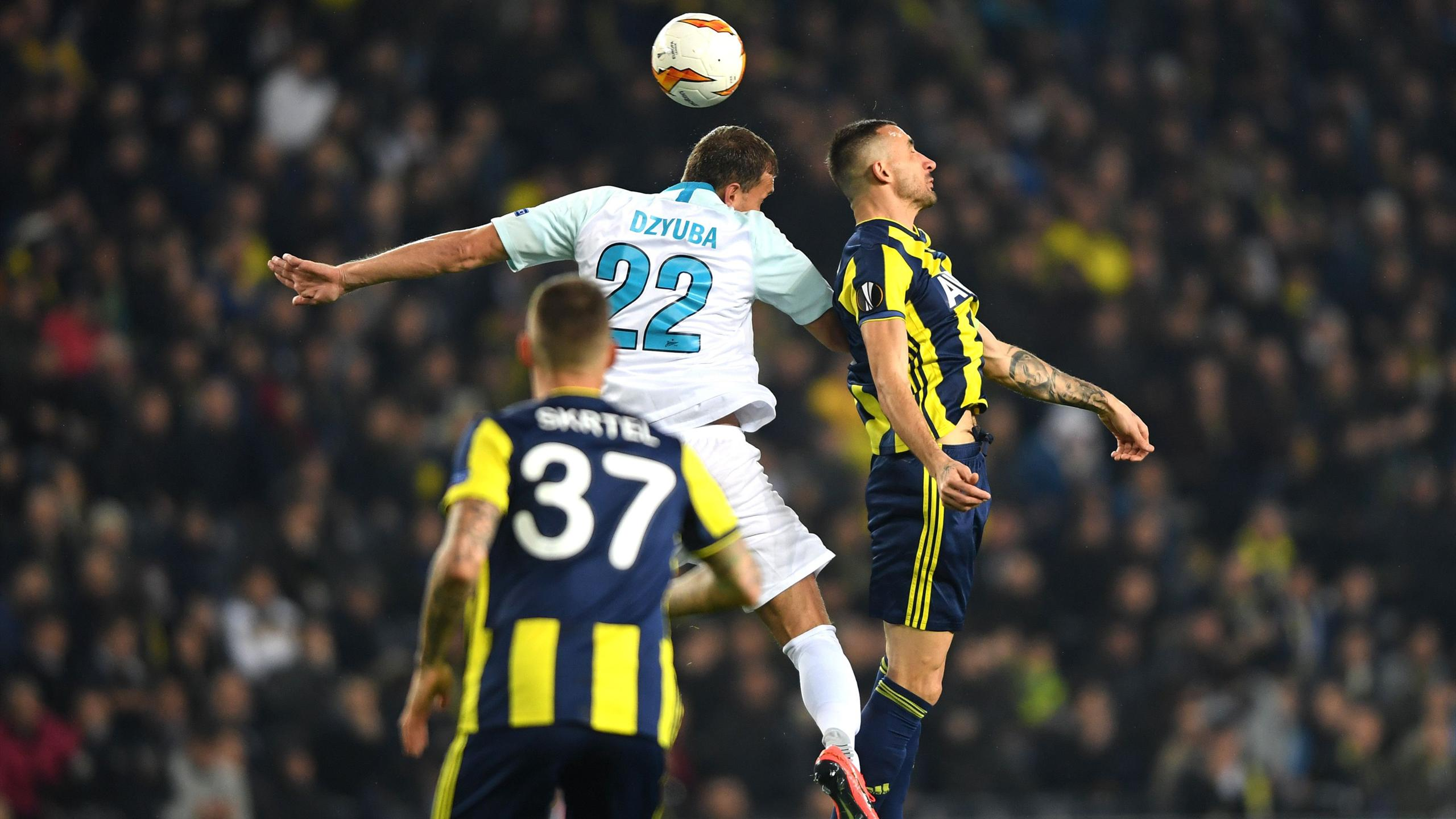 Europa League | Fenerbahce Istanbul gewinnt gegen Zenit St