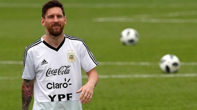 Tapia dice que Messi jugará ante Venezuela y Marruecos si Scaloni lo convoca