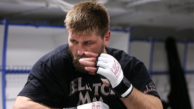 «Он точно не проиграл этот гребаный бой». Минаков уступил впервые в карьере