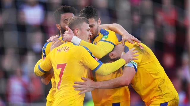 Wolverhampton et Crystal Palace rejoignent les quarts