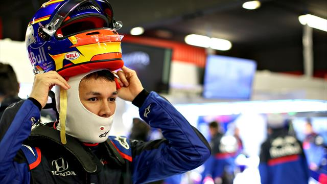 Albon keeps Toro Rosso on top in testing