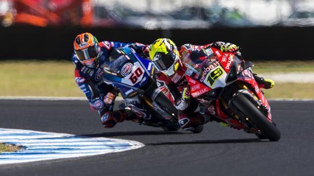 Mundial de Superbikes: Álvaro Bautista bate un récord de Rea para lograr la 'pole' en Tailandia