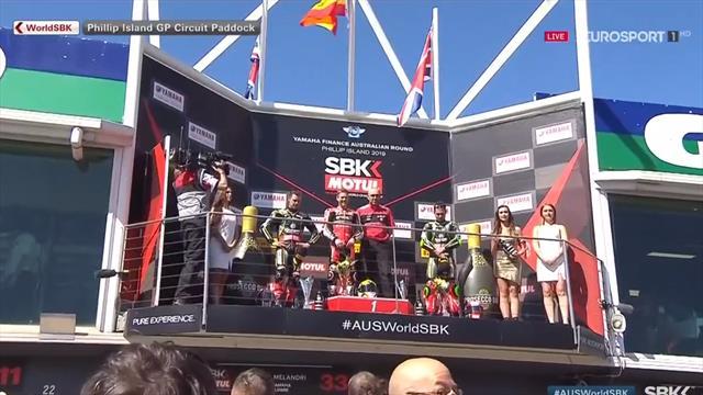 Superbikes GP Australia: Así sonó el himno español (más rápido de la cuenta) tras el triunfo de Baut
