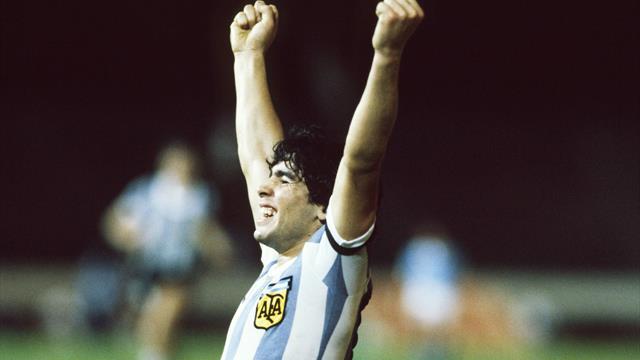 Maradona il dio bambino: 42 anni fa debuttava con l'Argentina a 16 anni
