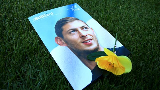 Nantes complain to Federation Internationale de Football Association that Cardiff have not paid Emiliano Sala fee