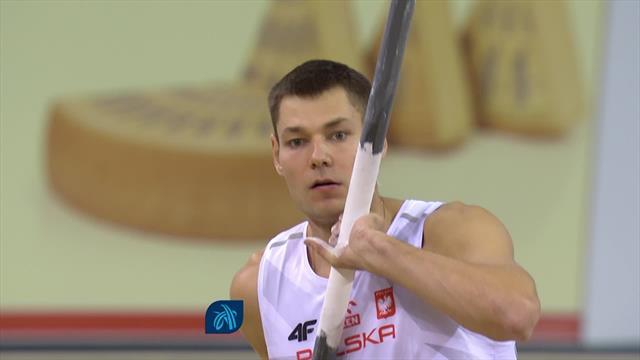 EK Indoor | Wojciechowski wint polstokspringen