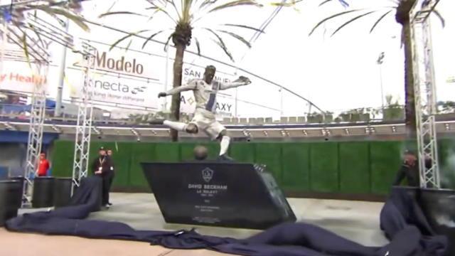Beckham dévoile sa statue à Los Angeles