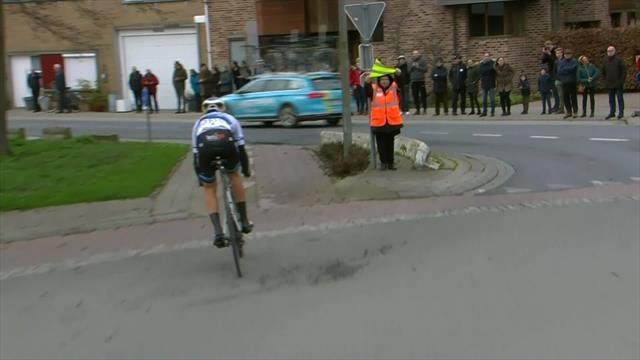 Kuurne-Brussels-Kuurne: Así fue la descalificación de Matteo Trentin