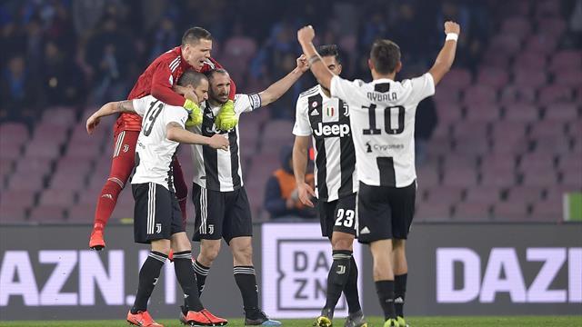 La Juventus uccide il campionato! 2-1 tra polemiche, pali e rigori: il Napoli scivola a -16