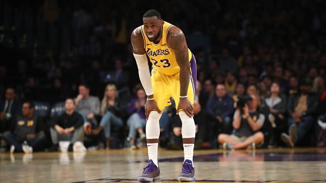 Tepetaklak bir hikâye: Los Angeles Lakers