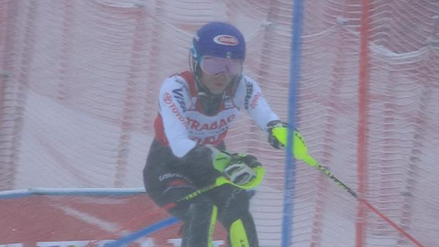 Shiffrin sets the pace with stunning first slalom run in Spindleruv Mlyn