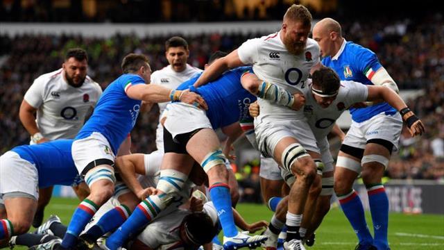 Inglaterra se aferra a sus opciones con un contundente triunfo sobre Italia