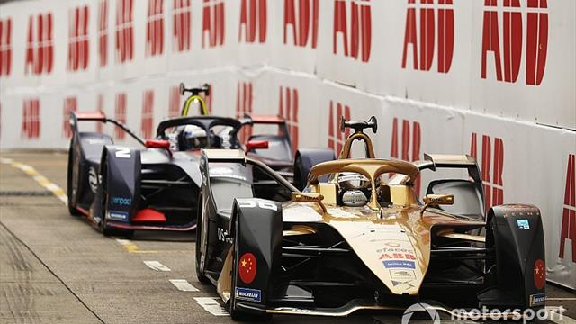 Bird stripped of Hong Kong E-Prix win over crash with Lotterer
