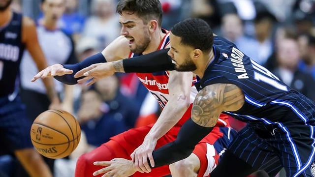 Golpe de autoridad de los Warriors a los Rockets, los Thunder lo aprovechan