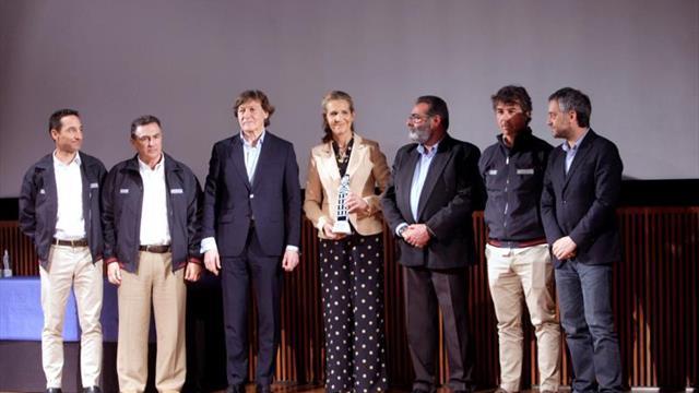 La infanta Elena, el Bribón, Pedro Campos y el Mapfre galardonados en Galicia
