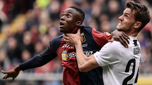 VAR protagonista in Genoa-Juventus: rigore revocato a Kouamé e gol annullato a Dybala