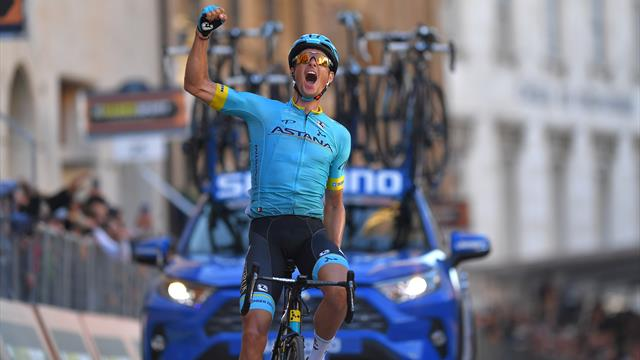 Fuglsang powers to victory on stage five as Adam Yates retains overall lead