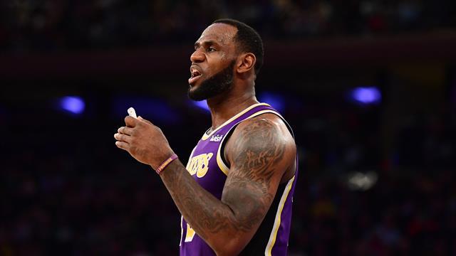 Harden toujours plus haut, LeBron James KO