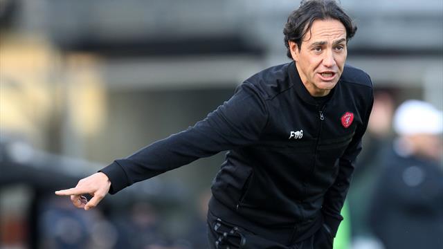Alessandro Nesta è il nuovo allenatore del Frosinone: biennale con obiettivo Serie A