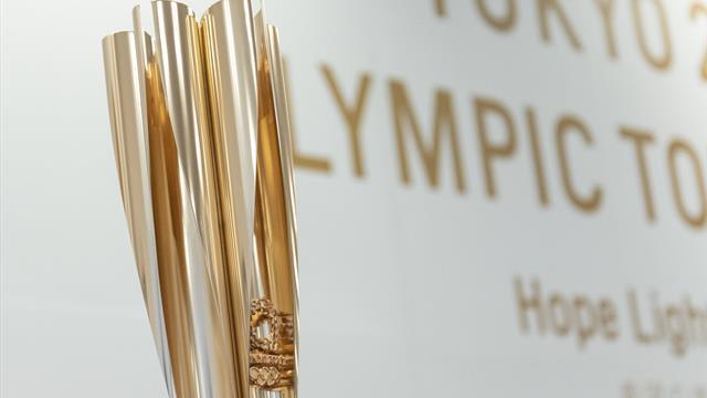 Svelata la torcia olimpica di Tokyo 2020: il Giappone ha scelto un ciliegio in fiore