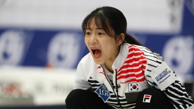 Korea through to playoffs after nailbiting morning session