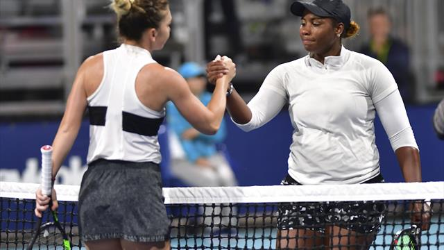 Second seed Halep makes short work of qualifier Townsend in Miami