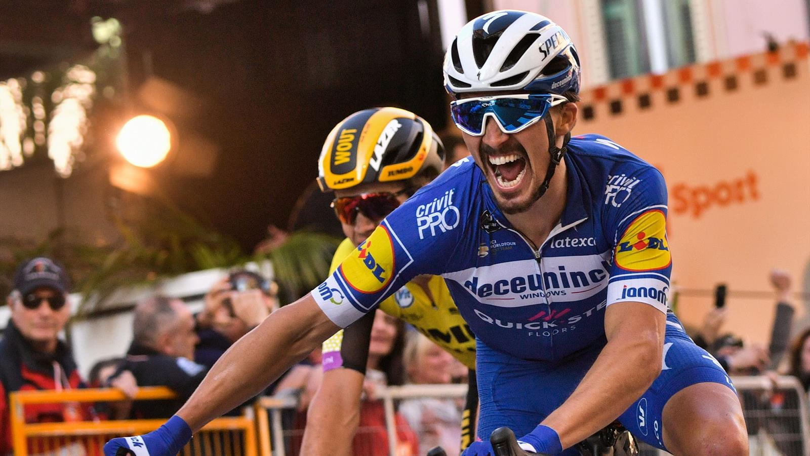 mailand sanremo julian alaphilippe gewinnt klassiker im zielsprint mailand sanremo 2019. Black Bedroom Furniture Sets. Home Design Ideas