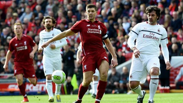 Spettacolo ad Anfield: Liverpool Legends batte Milan Glorie 3-2