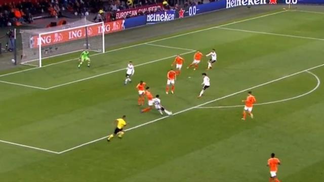 Гол Гнабри в стиле Роббена и еще 4 красотищи из матча Нидерланды – Германия