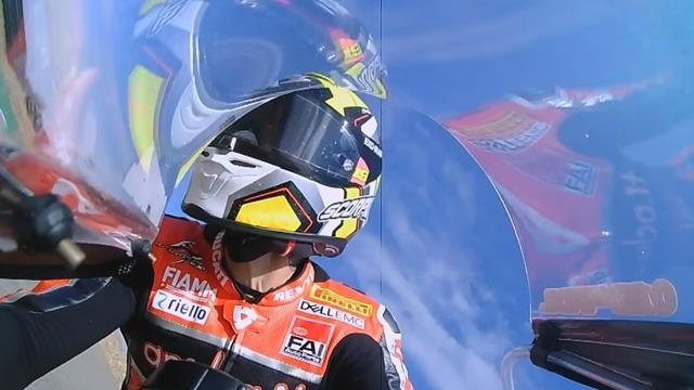 SBK Aragón: Bautista vuela y se queda a tres décimas del récord del circuito en los primeros libres
